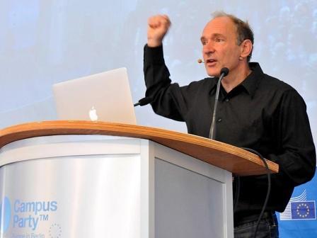 Интернет-конституция для сохранения свободы и независимости Сети